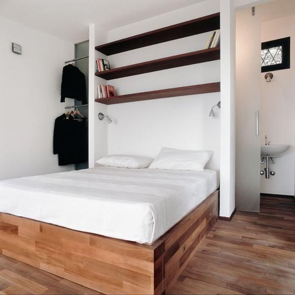 malý-domek-na-svahu-ložnice